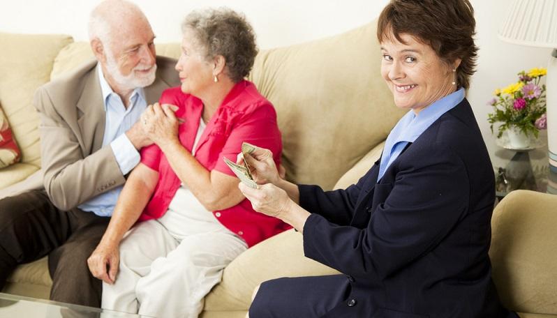 Risikoreiche Transaktionen zahlen schnell einen Teilbetrag der Verkaufssumme aus, ohne dass dabei ein echter Käufer gefunden ist. Die restlichen Zahlungen werden in kleinen Raten durch den Vermittler gestellt.(#02)