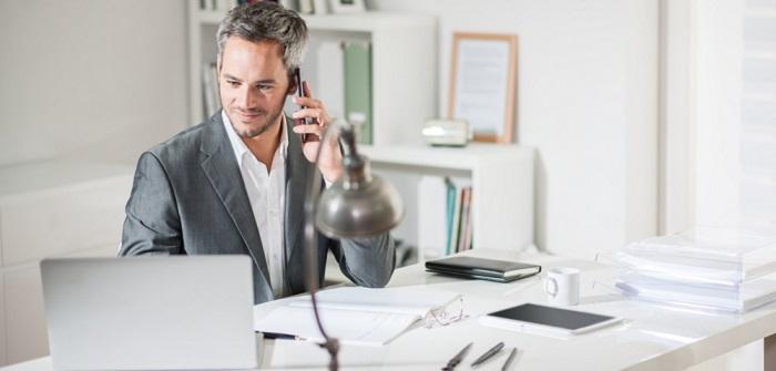 Selbständig machen als Versicherungskaufmann: Voraussetzungen, Kosten & Chancen