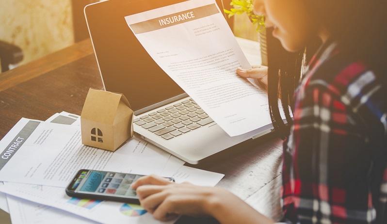 Viele Versicherte sind sich nicht bewusst, dass die Verzinsung ihrer Lebensversicherung erschreckend niedrig ist und weit hinter anderen Möglichkeiten der privaten Vermögensbildung zurückbleibt. (#01)