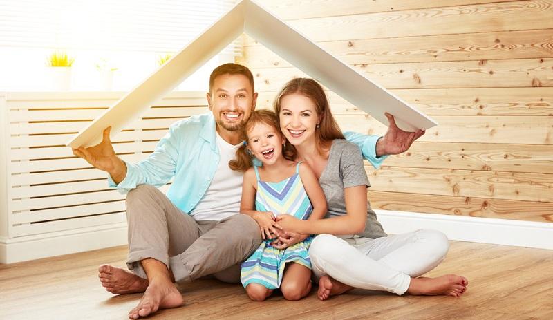 Wenn ein neuer Darlehnsvertrag abgeschlossen wird, vergessen die Kunden häufig, dass sie bereits über eine eventuelle Absicherung für den Todesfall verfügen.