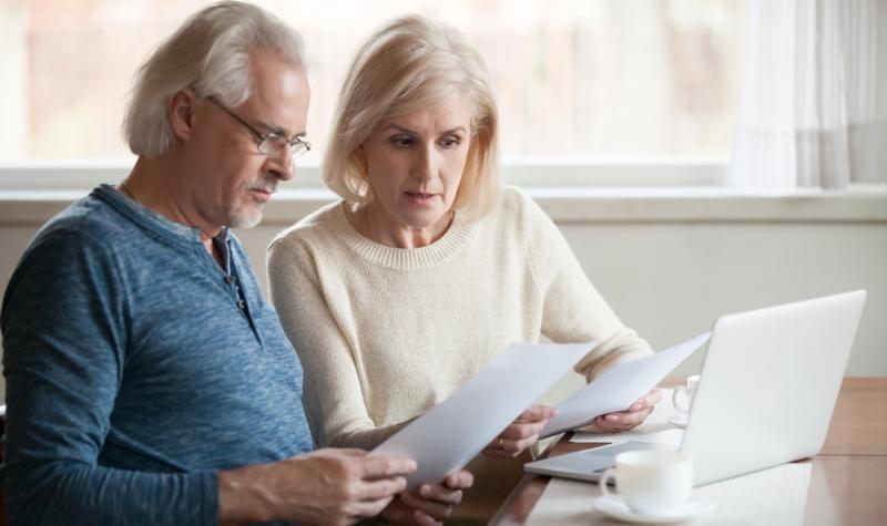 vor allem für Rentner, werden die niedrigen Zinsen zu einem dauerhaften Problem.